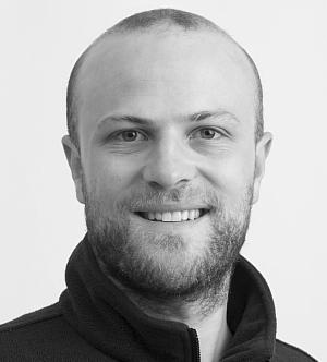 Dr. Manuel Fischer